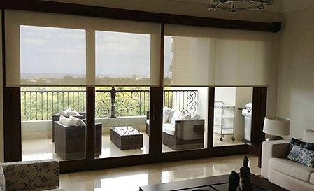 Cortinas enrollables en apartamento de Santo Domingo