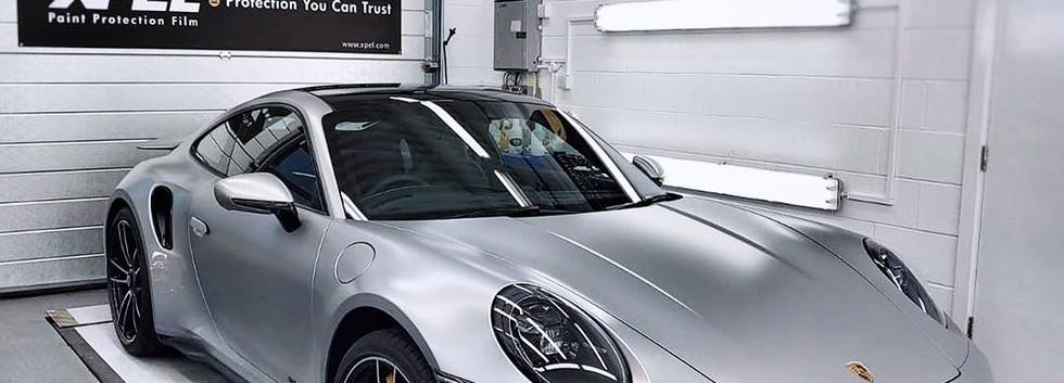 Porsche Turbo protegido con Xpel Ultimate Plus