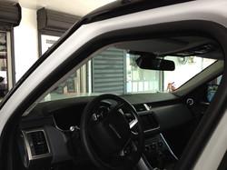 Laminado 3M Crystalline en parabrisas Range Rover
