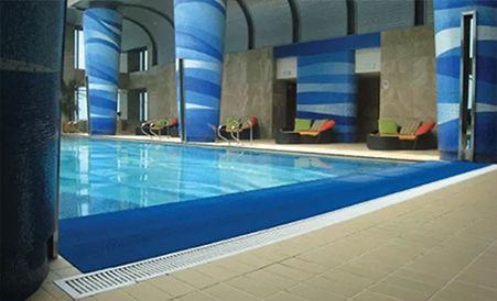 Alfombras antiresbalantes para piscina