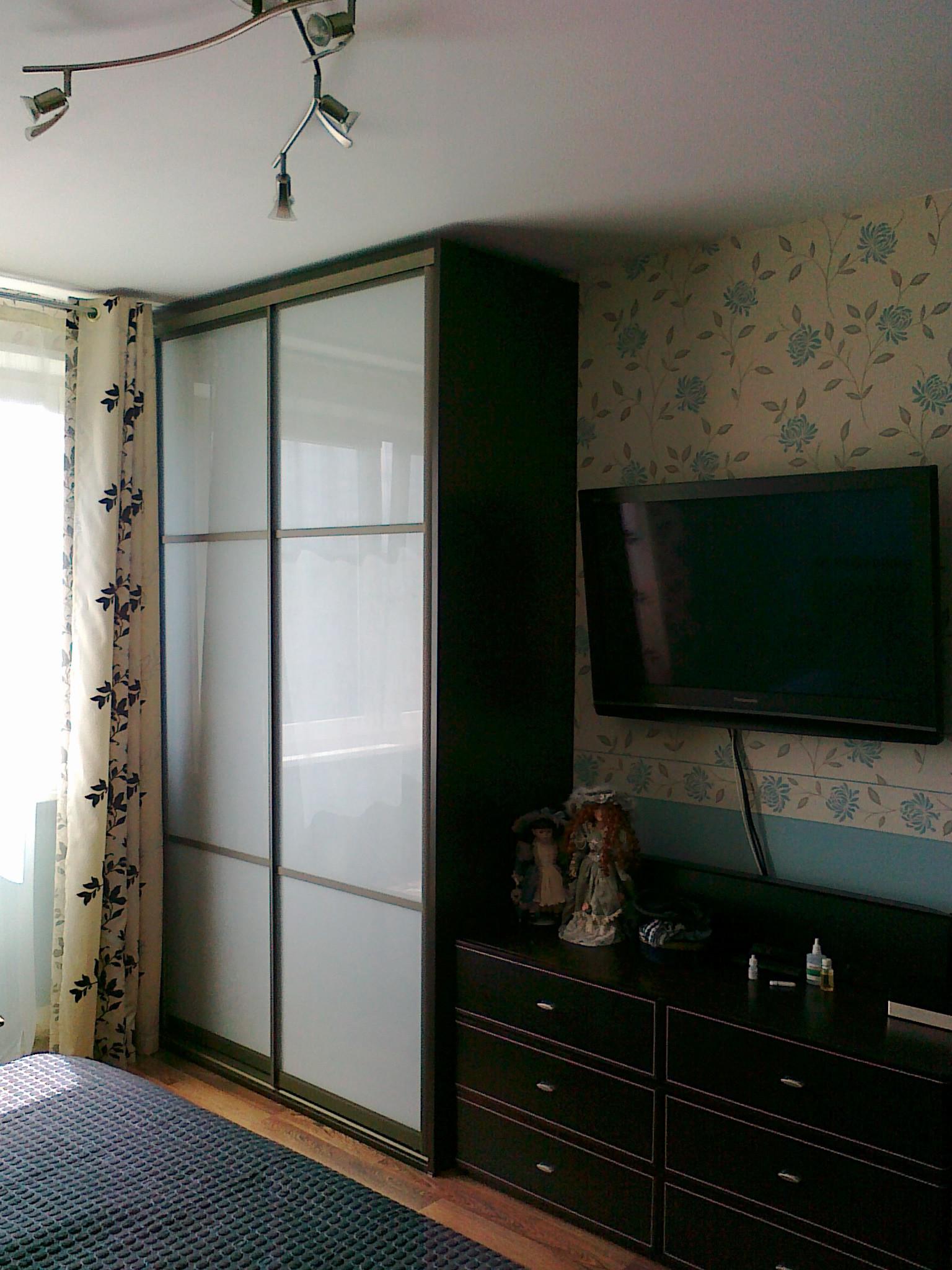 Шкафы и корпусная мебель