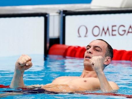 Gaúcho Fernando Sheffer conquista medalha de bronze na natação