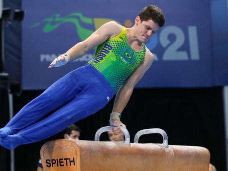 Time da ginástica artística consegue classificacão para quatro finais