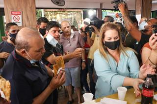 Ibaneis visita Feira dos Importados ouve comerciantes e anuncia melhorias