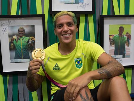 Brasil bate recorde de mulheres medalhistas com ouro de Ana Marcela