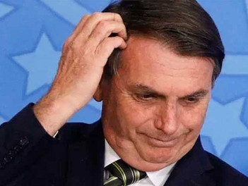 "CPI cumpre seu ritual de pedir ""cabeça"" do Presidente Bolsonaro"