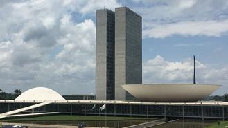 Governadores discutem em Brasília qual vacina será adotada contra a Covid-19