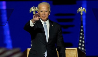 Biden estrutura força tarefa contra a covid-19 e Trump ainda esperneia