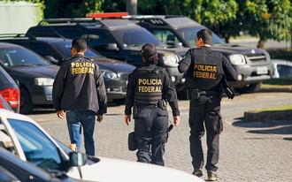 Operação prende filho de ex-ministro e cumpre mandados de busca e apreensão