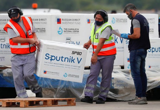 Anvisa encurta caminho para liberação da vacina Sputnik V no País