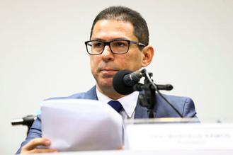 Comissão na Câmara retoma debate do parecer da reforma