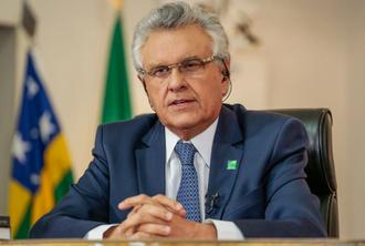 """Caiado """"vira porta voz"""" de Bolsonaro após solenidade realizada em Goiânia"""