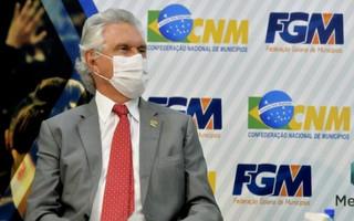 Caiado alerta agravamento da pandemia e recebe doentes de outros estados