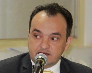 Moradores culpam Pábio Mossoró pela buraqueira no Bairro Céu Azul