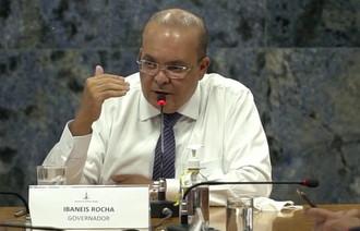 Ibaneis anuncia auxílio de R$ 1.200 para o transporte escolar e de turistas