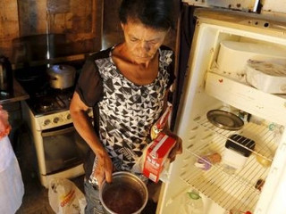 Além das mortes pela pandemia 19 milhões de famílias passam fome no País