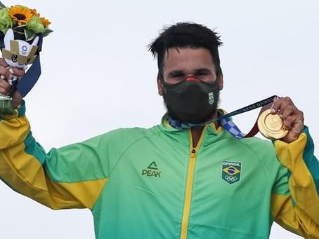 A primeira medalha de ouro do Brasil sai para o surfista Ítalo Ferreira do RN