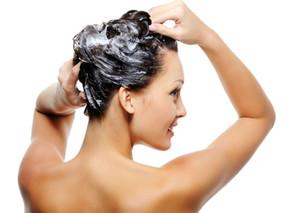 TUTORIAL: Como tratar o cabelo em casa