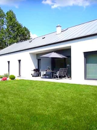 projekt domu parterowego niskoemisyjnego ewewacja ogrodowa