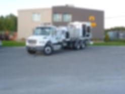 Camion peinture marquage longitudinal.jp