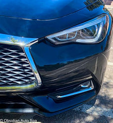 Shiny Chrome grill of an Acura