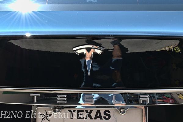 Polished Tesla Model S in El Paso
