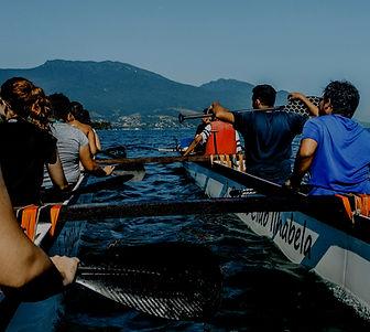 Leute auf einem Boot