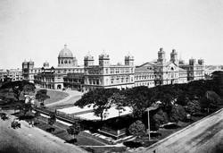 Secretariat_Building,_Yangon_edited.jpg