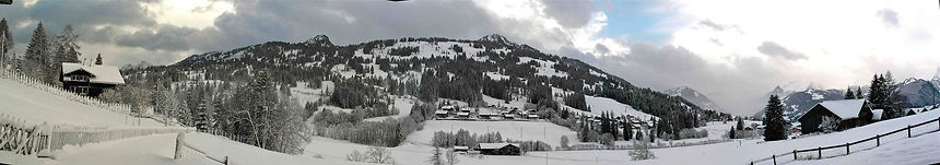 Rent, miete, gstaad, ski, skigebiet, chalet, vacation, urlaub, hiking, spa, Switzerland, Privacy, Summer, Winter, VIP, Hublot Polo, Swiss Open, Golf, Unique, Stunning, Berner Oberland, Gstaad, www.chaletsonnenfreude.com, www.schonried.com