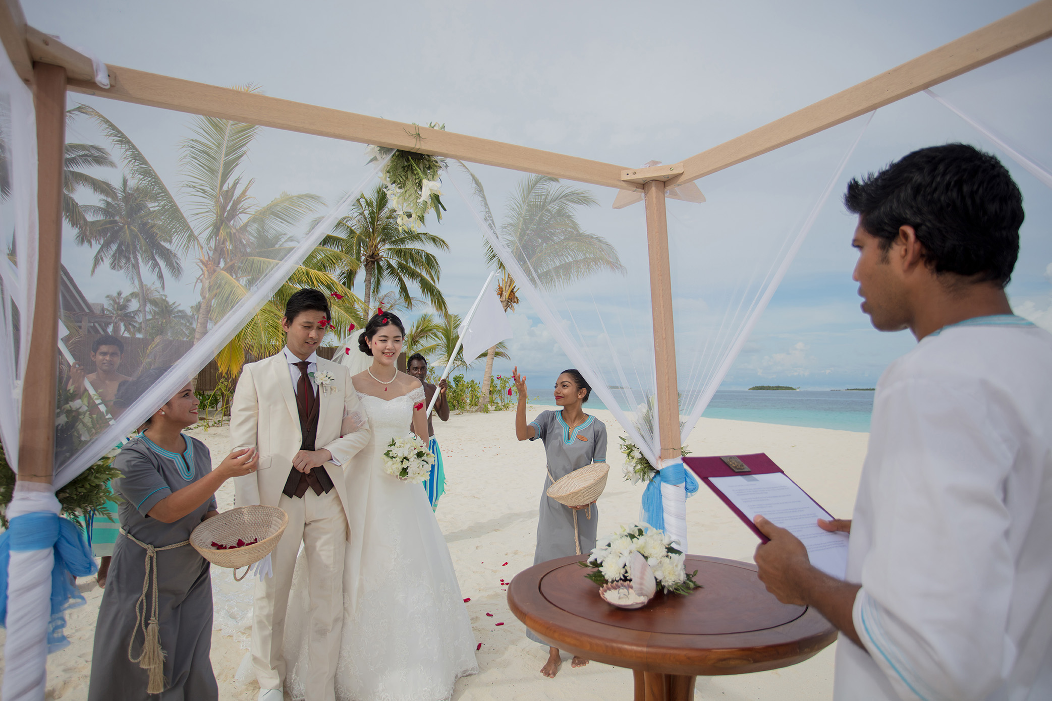 Beach wedding (5)