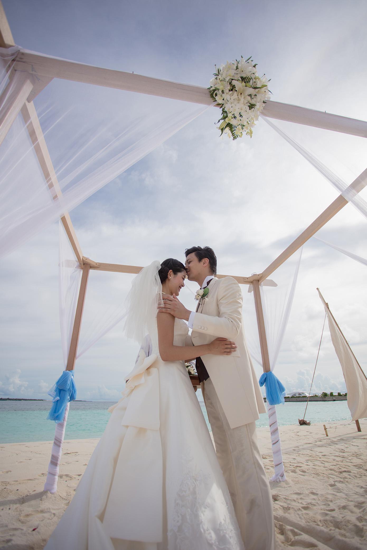 Beach wedding (8)