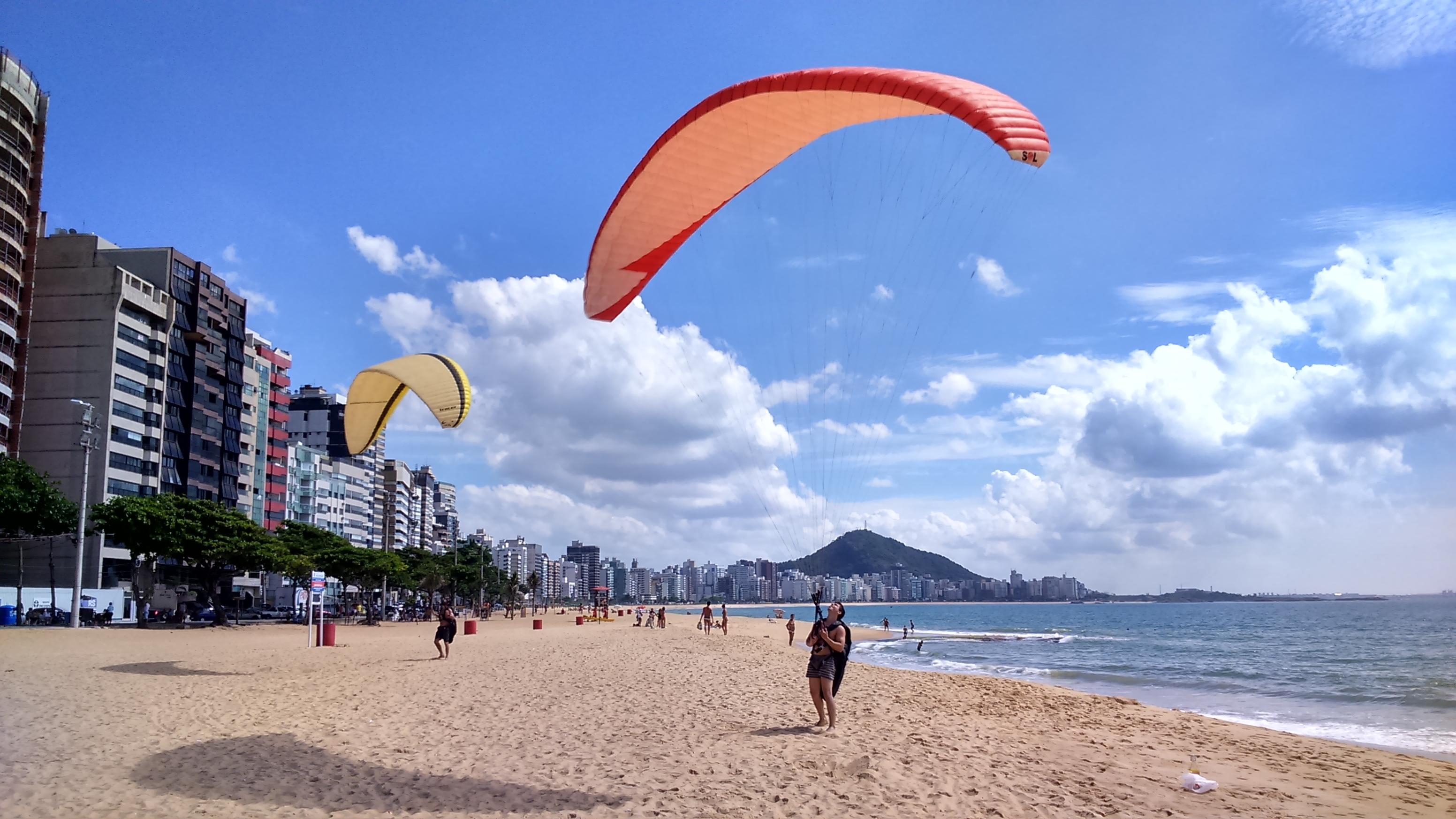 Praia de Itapoã. Vila Velha - ES.
