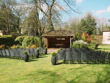 Outdoor Wedding at the stunning Egypt Mill
