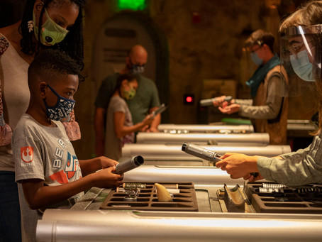 Guests Can Soon Craft Their Own Lightsaber Again