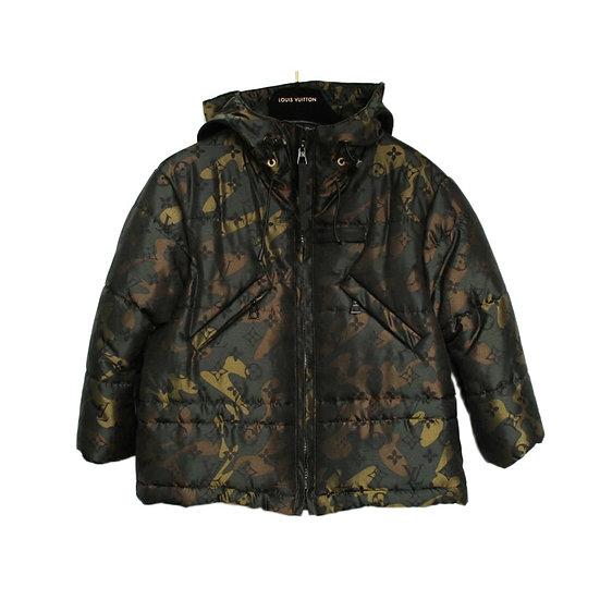ルイヴィトン ダウンジャケット キッズ モノグラム カモフラージュ 子供服 サイズ4 レア品 LOUIS VUITTON