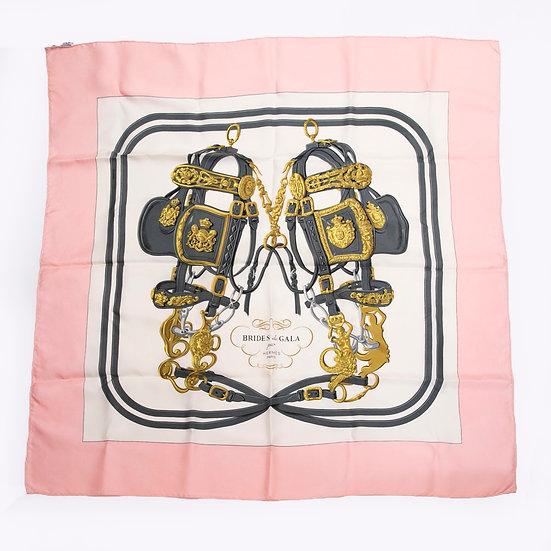 エルメス スカーフ カレ90 BRIDES de GALA ブリッド・ドゥ・ガラ ピンク HERMES