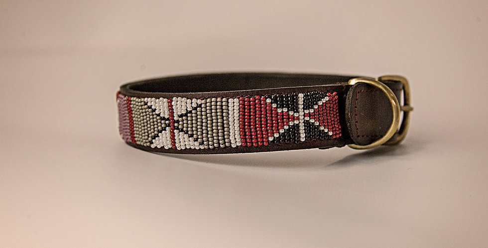 LEATHER BEADED PET COLLAR MEDIUM