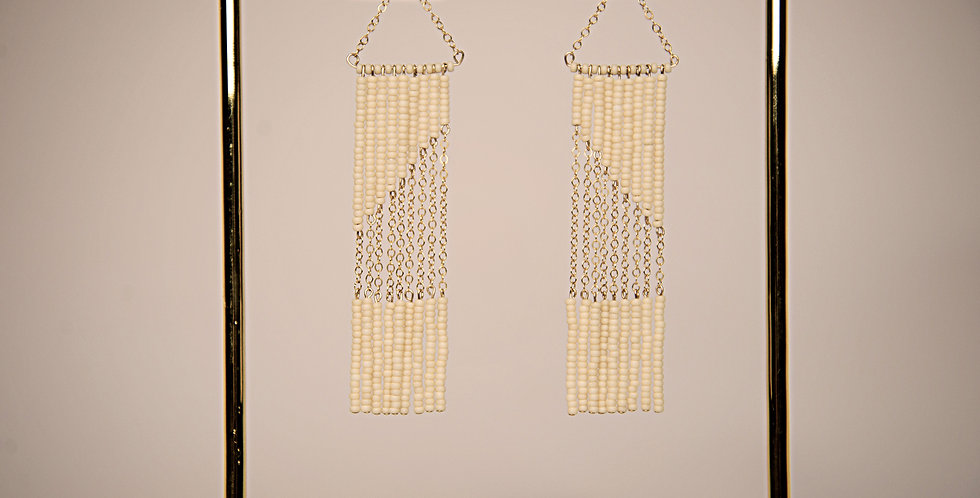 GEOMETRIC EARRING WITH CHAIN (CREAM/GOLD)