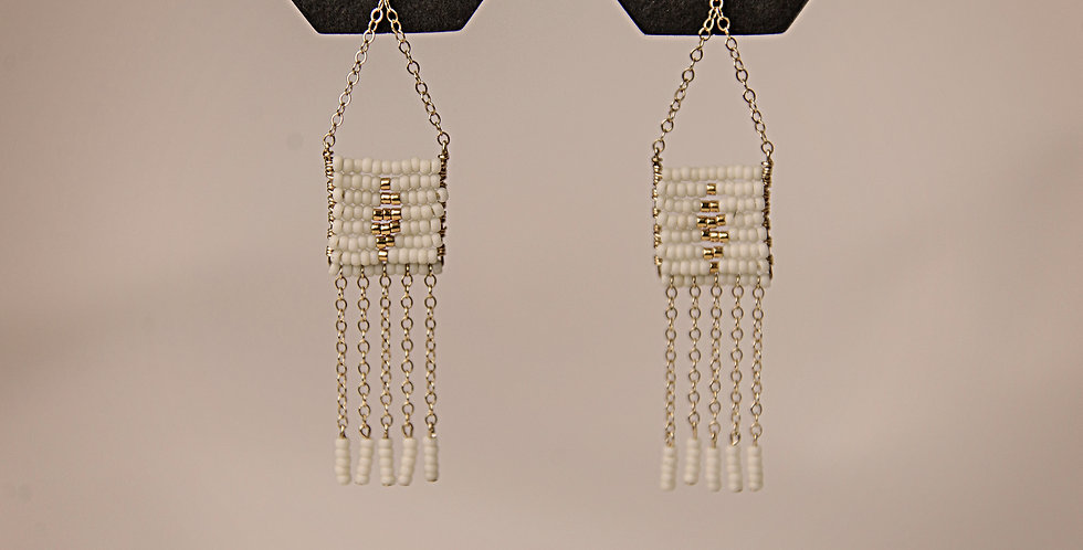 DIAMOND PENDANT 5 TASSLE EARRING (WHITE/GOLD)