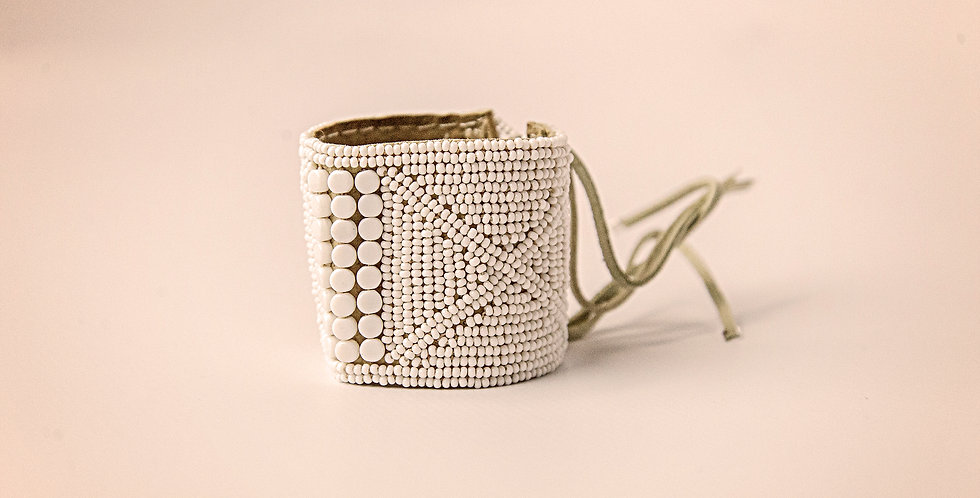 BEADED LEATHER BRACELET CUFF (WHITE)