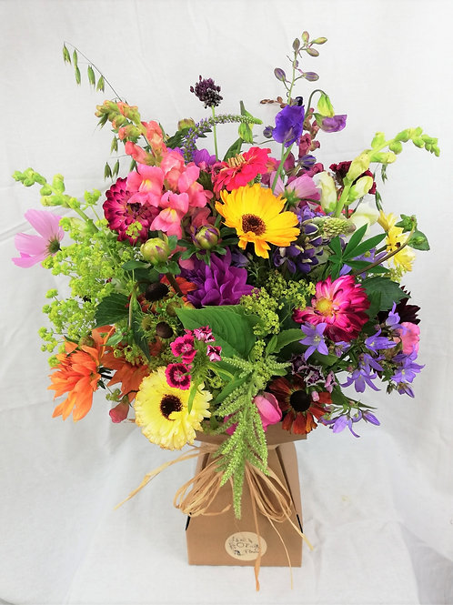 Seasonal Bouquet (Deluxe, incl shipping!)