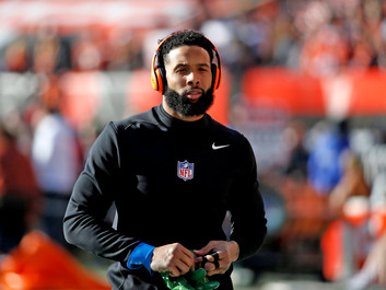 Odell Beckham Jr. Suffers Potentially Serious Knee Injury Against Bengals