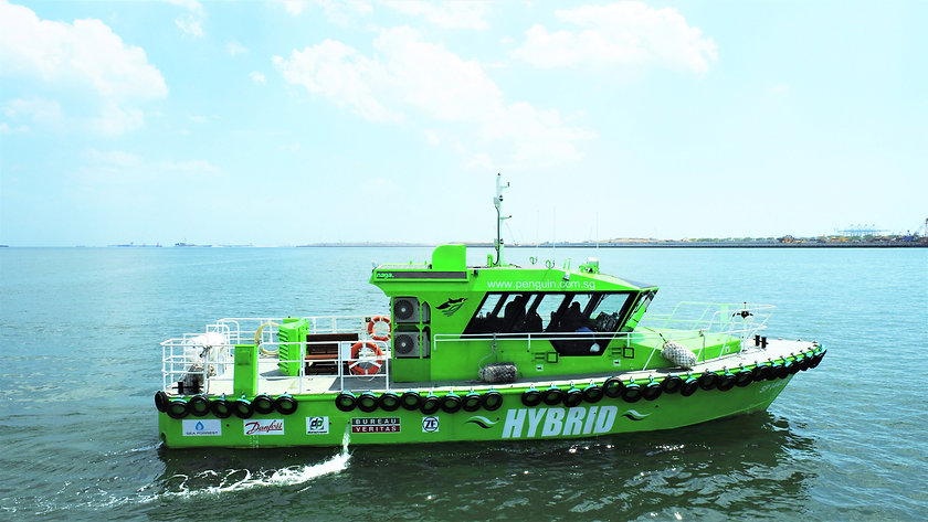 """BH Global Successfully Delivered Singapore's First Hybrid-powered Ship– The """"Penguin Tenaga"""""""