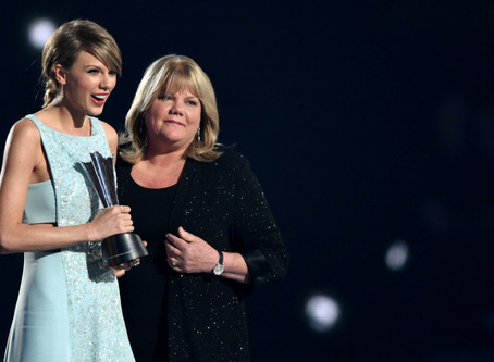 """Taylor Swift Calls Out Sexist Remarks From Label Execs in """"Miss Americana"""" Trailer"""