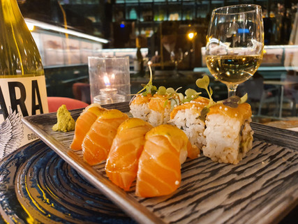 Salmon Lovers Sushi | Restaurante fusión