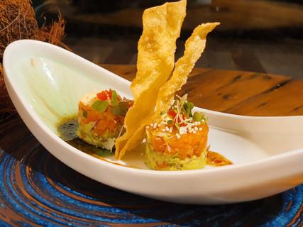 Salmon Tower | Restaurante fusión japoné