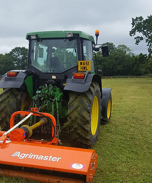 Tractor topping, mowing, field hedge cuttng with flail, horse paddocks, equestrian maintenance, large scale mowing, tunbridge wells, crowbrought, east sussex, kent, wadhurst, rotherfield, markcross, withyham, hartfield, eridge, mayfield, wadhurst,heathfield, speldhurst, groombridge, stonegate, laughton green, penshurst, equestion