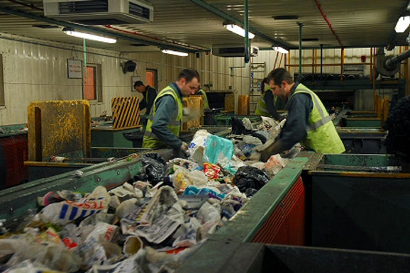 Waste.Agency: Textile Recycling Picker Working Conditions