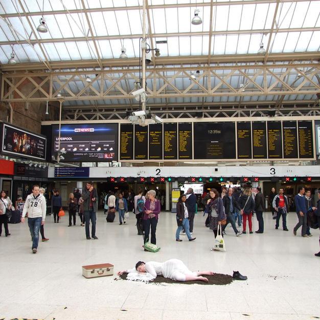 Charing Cross Train Station