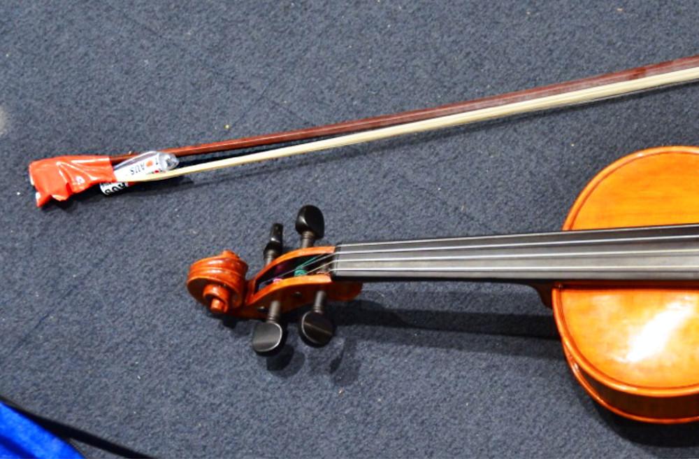 Broken violin bow. Image: popestatesPhotography